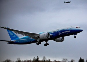 787 Dreamliner - Photo by Dave Sizer